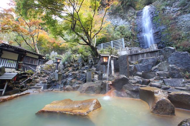 熊本 垂玉温泉 山口旅館 滝見露天風呂の写真