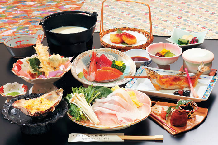 宮城  越後屋旅館 料理の写真