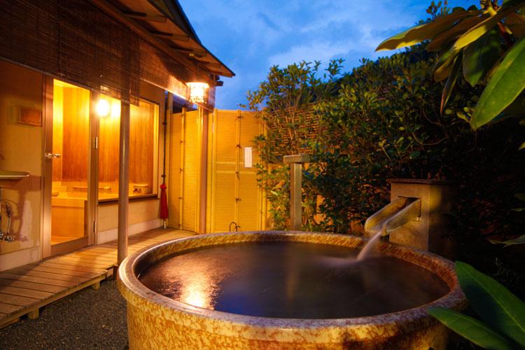 那須 お宿 ひがしやま 露天風呂の写真