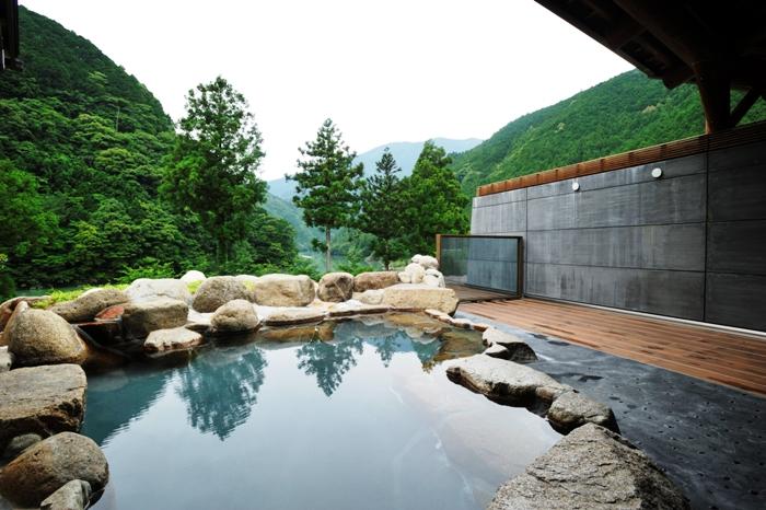 おくとろ温泉 露天風呂の写真