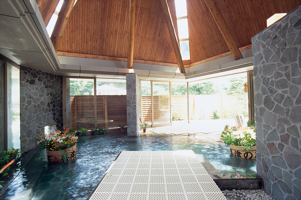 奥津温泉 花美人の里 フラワー風呂の写真