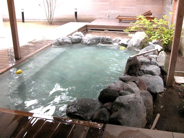 鬼石の湯 露天風呂