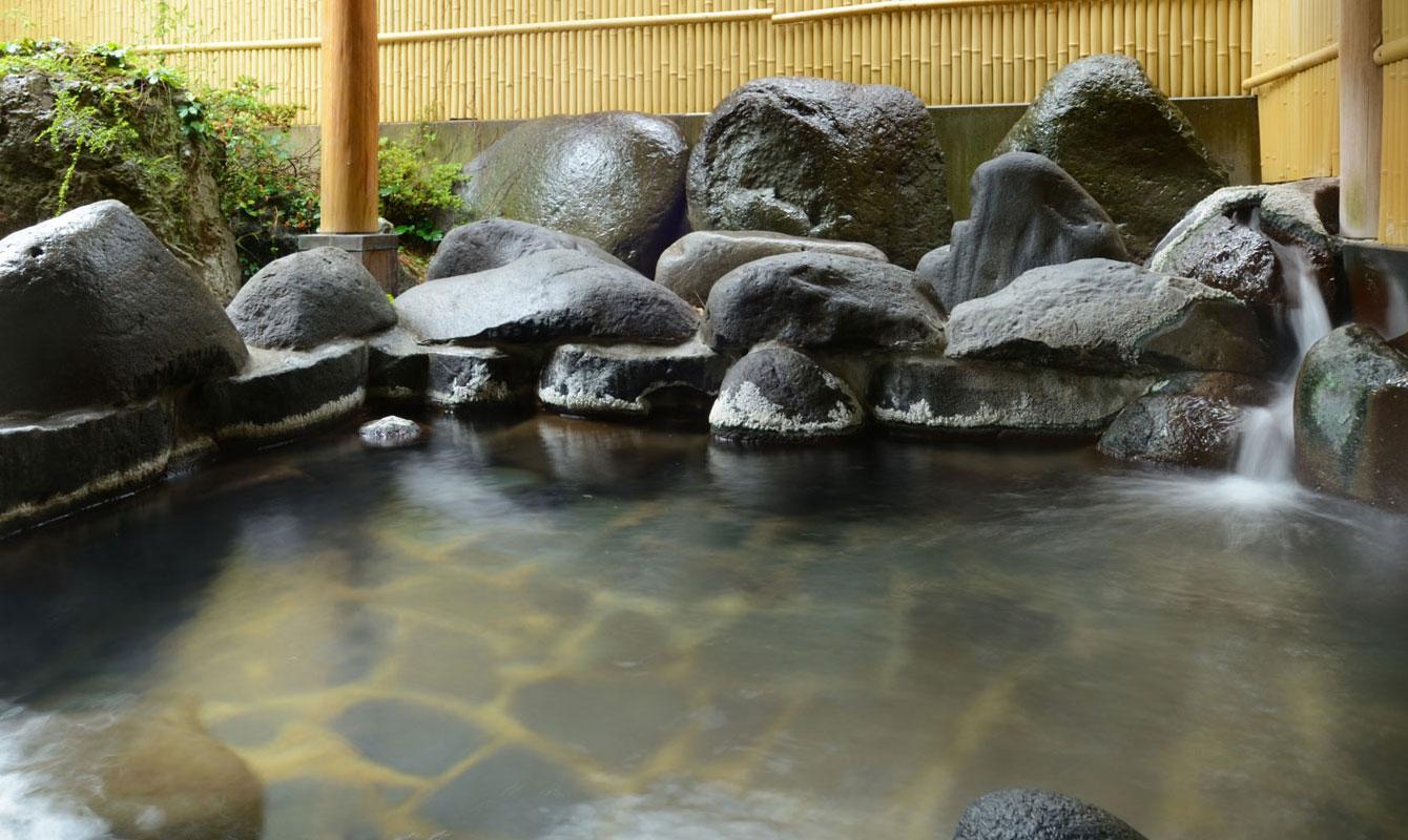 天童グランドホテル舞鶴荘 露天風呂
