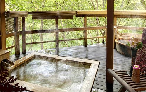 栃木 鬼怒川温泉 自然浴 離れの湯 あけび 貸切露天風呂の写真