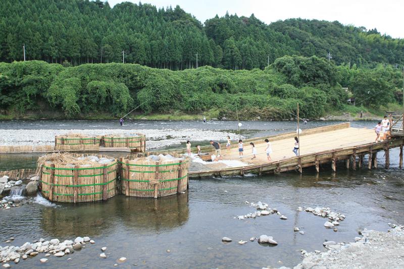 栃木 西那須温泉 大鷹の湯 鮎つかみ取りの写真