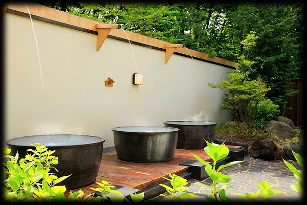 山形 湯の花茶屋 新左衛門の湯 かめ風呂の写真