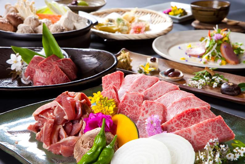 御宿 由布乃庄 夕食の写真