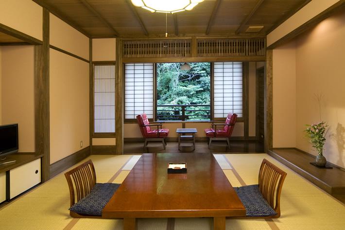湯本荘 客室