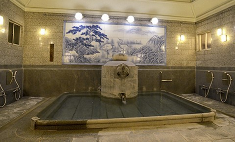 神の湯浴槽