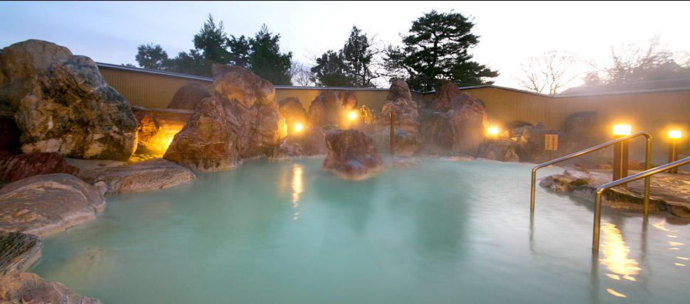 金太郎温泉 カルナの館 庭園大露天風呂