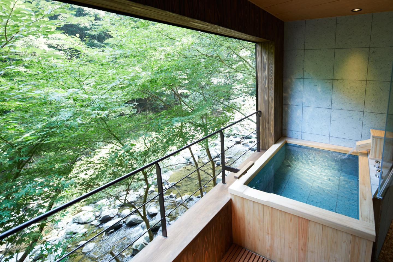 大阪 不動口館 客室露天風呂の写真
