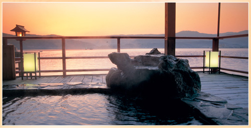 鳥取 山陰・はわい温泉 望湖楼 湖上露天風呂の写真