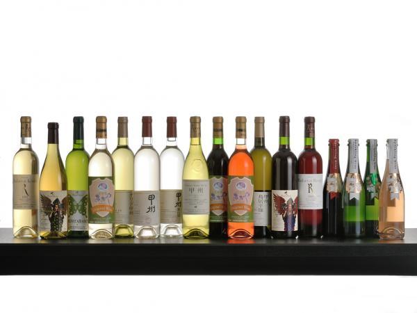 山梨 富士河口湖温泉郷 花水庭おおや ワインの写真