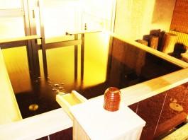 山梨 深雪温泉 貸切風呂ぶどうの湯の写真