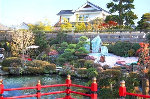 山梨 深雪温泉 日本庭園の写真