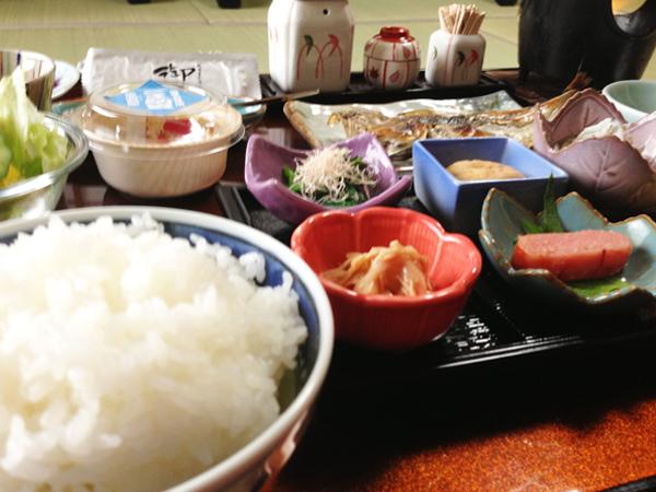 山梨 深雪温泉 朝食の写真