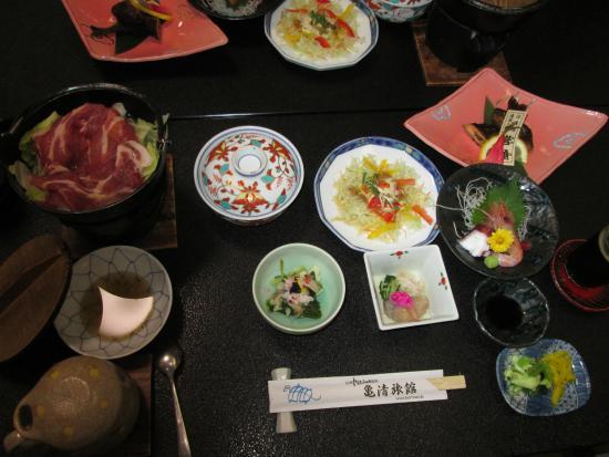 亀清 英語が通じる温泉宿 料理