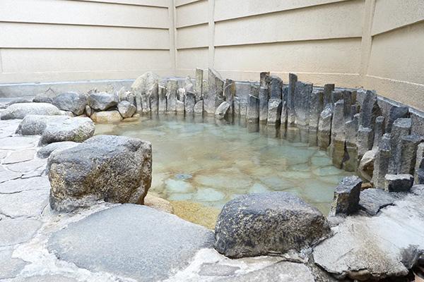 広々とした浴場