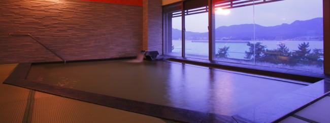 宮島観光と温泉を楽しめる「錦水別荘 」