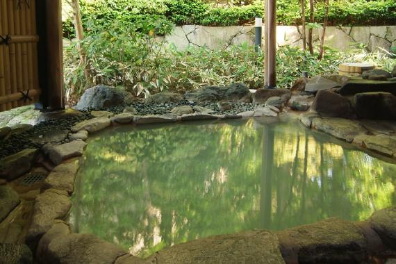 貸切露天風呂で自然を独り占め!【桐谷箱根荘】の基本情報