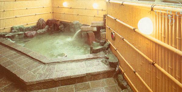 八十八ヶ所巡りの疲れを癒す【湯の里小町温泉しこくや】の基本情報です