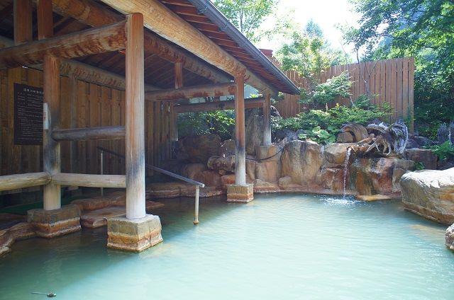 旅館 御岳 露天風呂