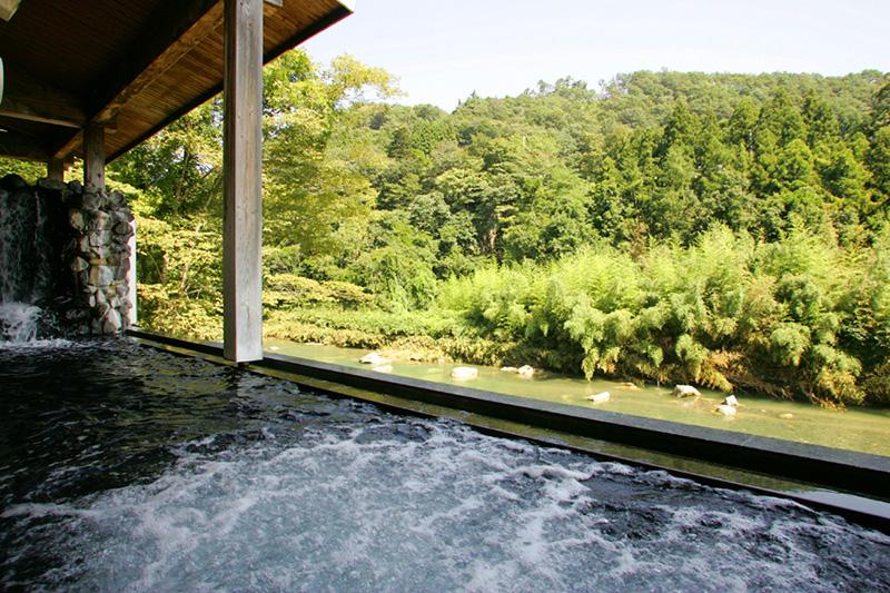 仙台 ホテル華乃湯 露天風呂の写真