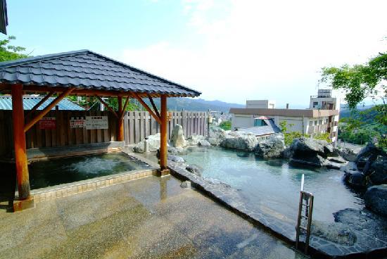石打ユングパルナスの絶景露天風呂