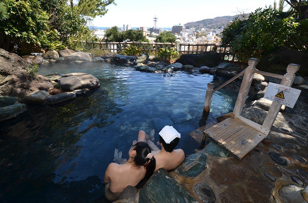 眺望が素晴らしい伊東温泉『陽気館』(静岡県)の露天風呂はいまでも楽しめる