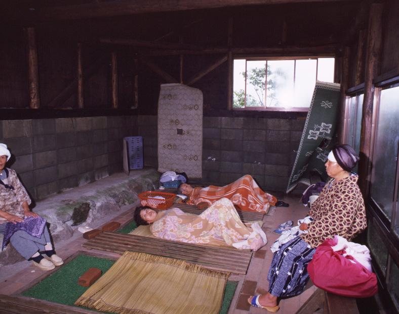 岩手 須川高原温泉 天然蒸し風呂の写真