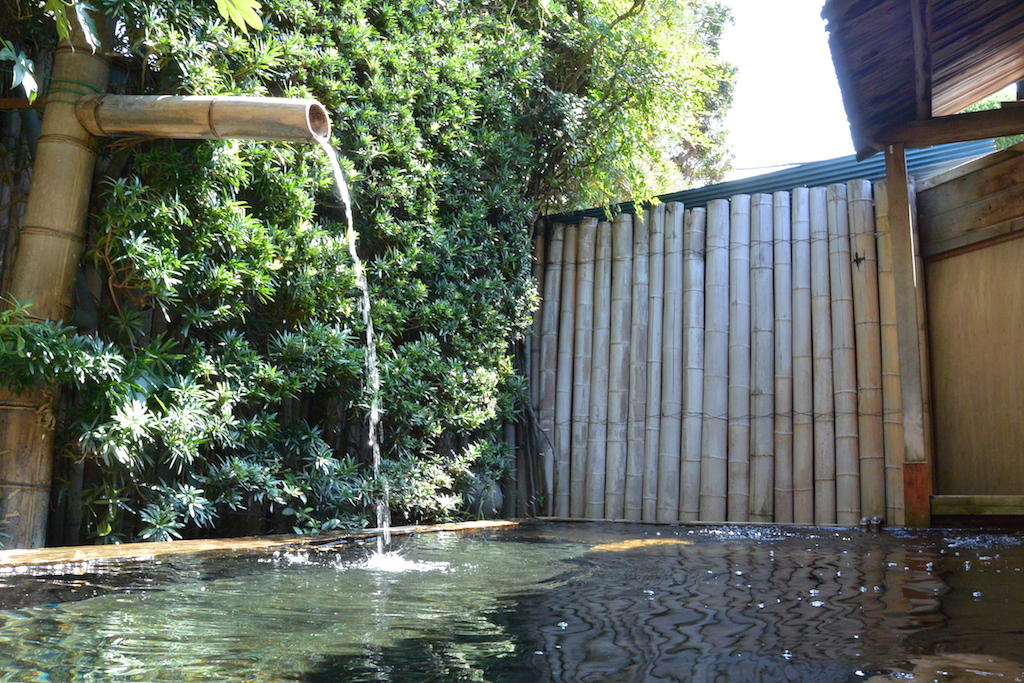 金谷旅館の露天風呂