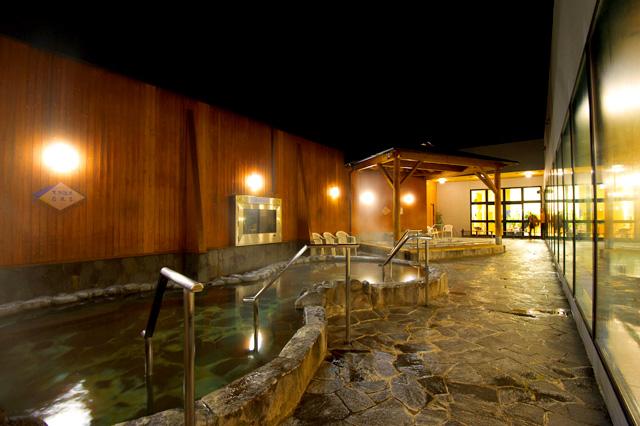 北のたまゆら桑園の天然温泉露天風呂の写真