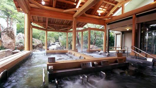 長島温泉湯あみの島露天風呂