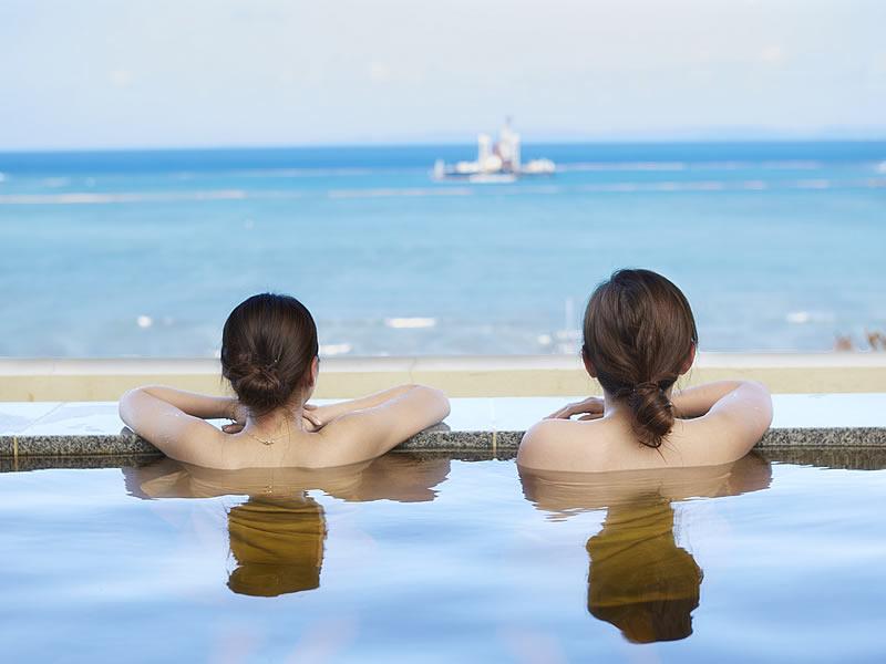 琉球温泉瀬長島ホテル内にある温泉施設 龍神の湯