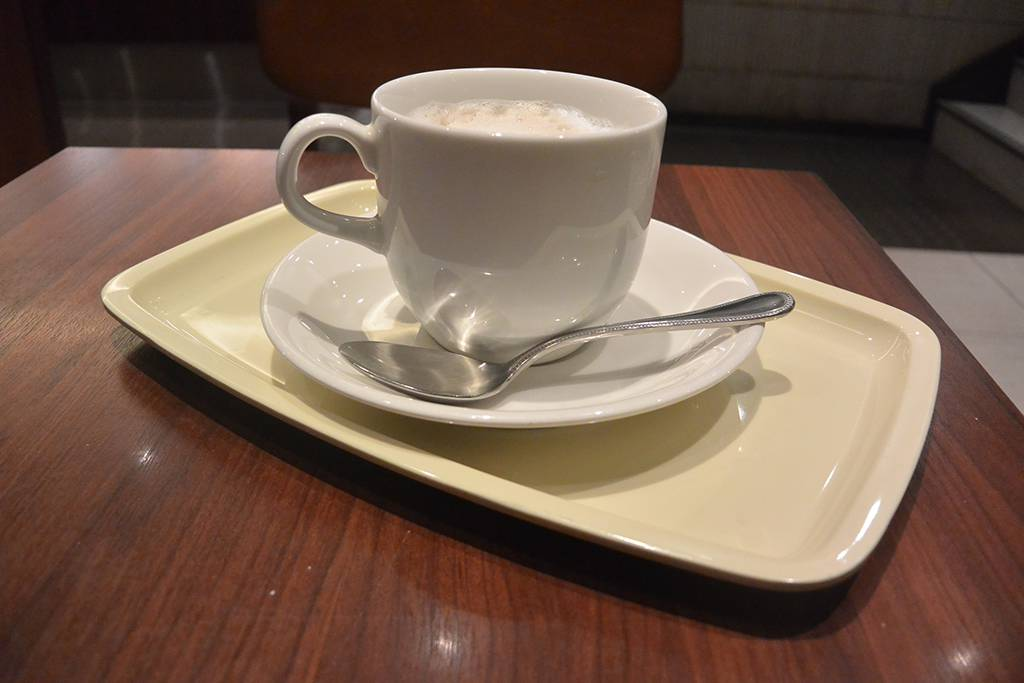 某カフェのトレー