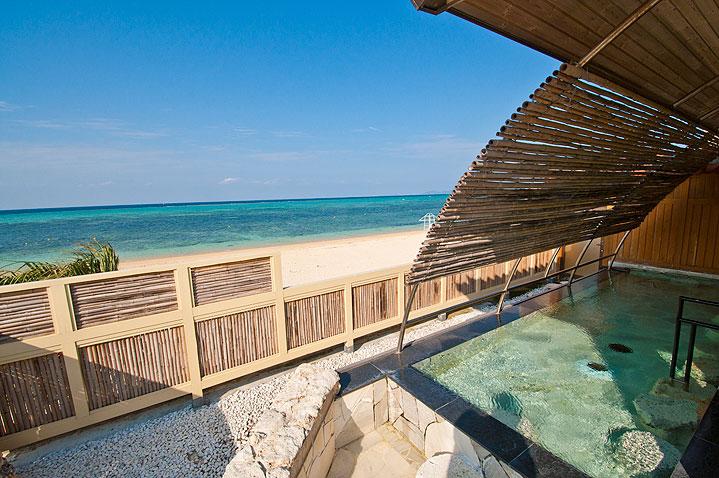 リザンシーサイドパークホテル谷茶ベイ内にある温泉施設 浜の湯