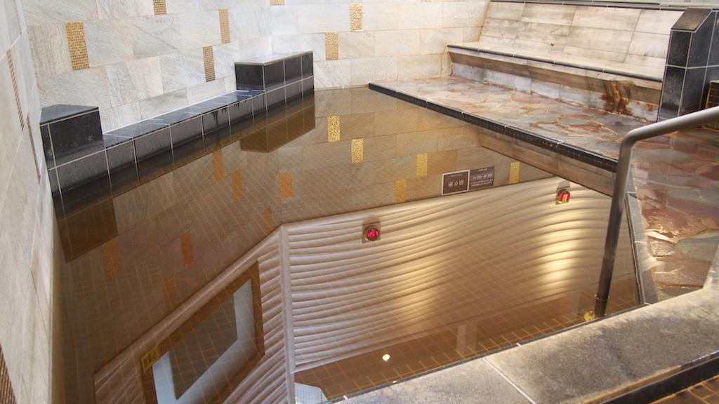 ビューイングスパの浴槽