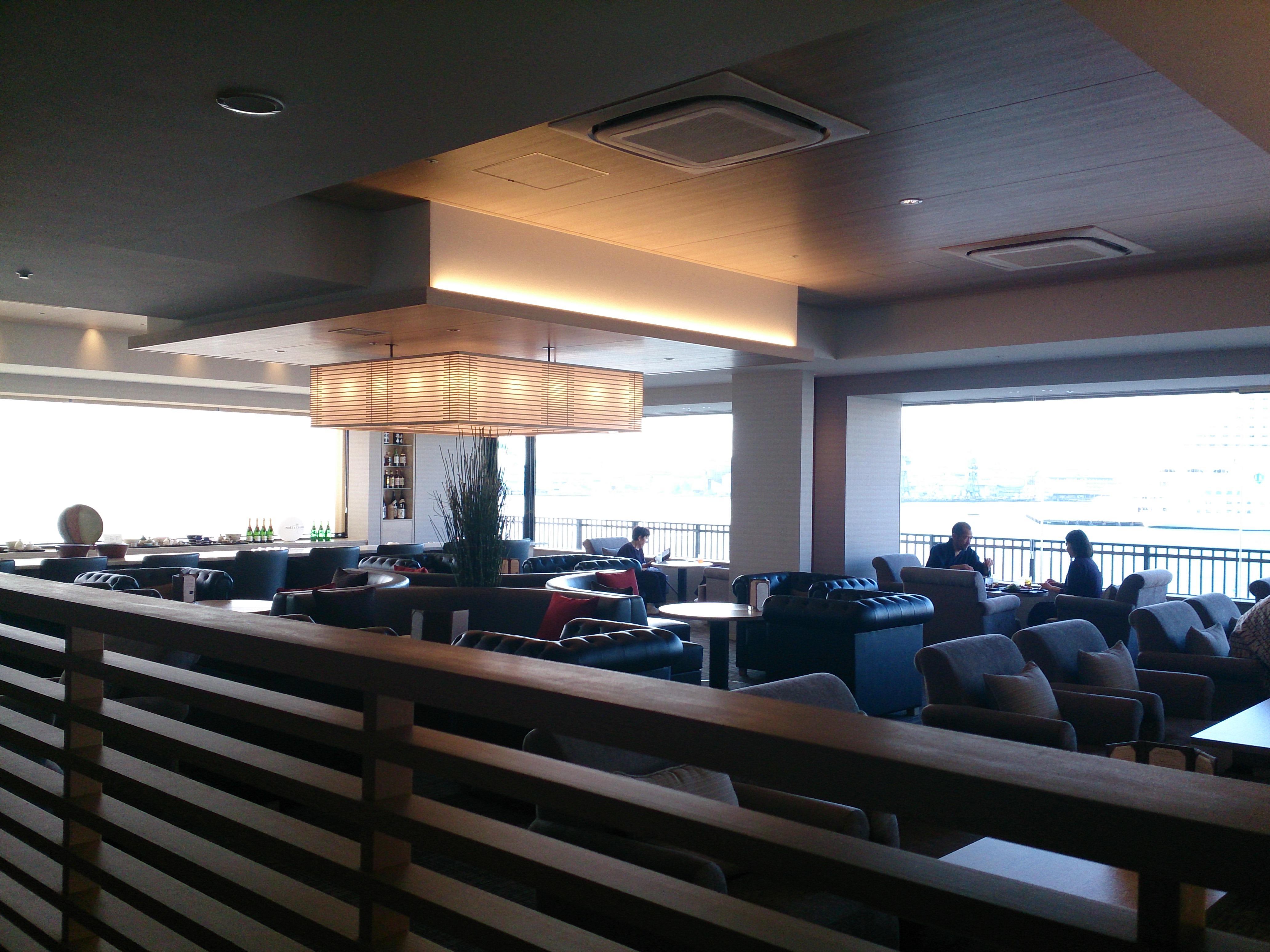 レストラン水蓮 テーブル席