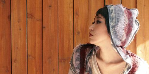 シンガポールのテレビドラマサブテーマソングに使われたりと海外の評価が高いMayu Wakisaka