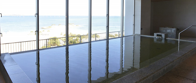 ホテル オリオンモトブリゾート&スパ内にある温泉施設 美ら海の湯