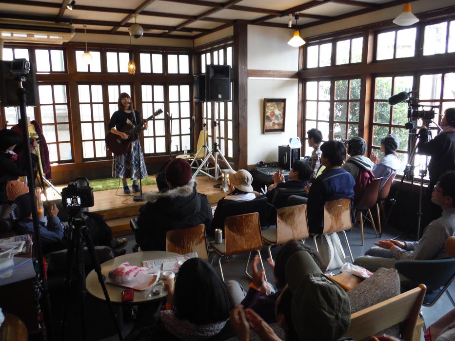 飯坂温泉の中心部に位置するコミュニティカフェ。