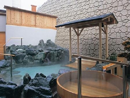 山形県鶴岡市 湯野浜温泉 龍の湯 庭園露天風呂