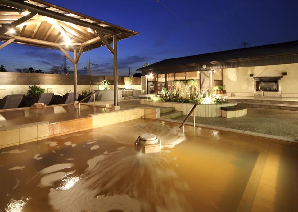 天然温泉 花咲の湯 露天風呂