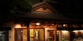 二日市温泉 大丸別荘玄関の写真2