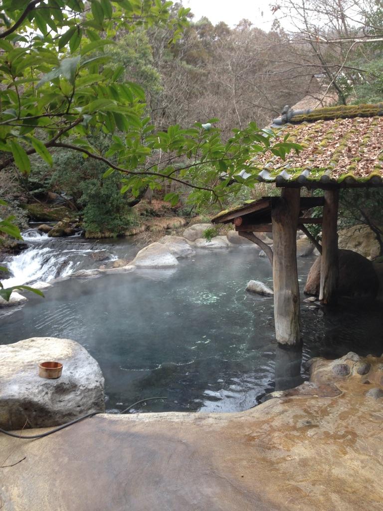 黒川温泉の旅館「山みず木」の露天風呂の写真