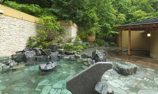 定山渓 鶴雅リゾート 森の謌 露天風呂