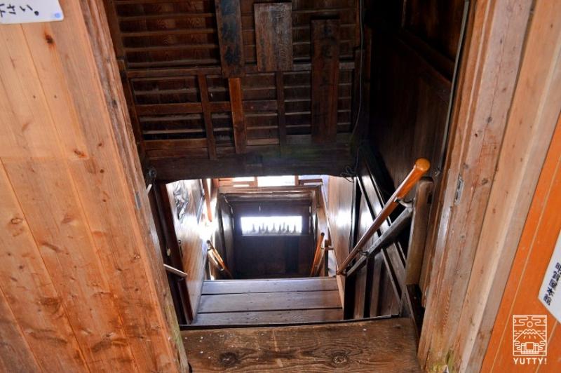 塩原温泉 明賀屋本館 階段の写真