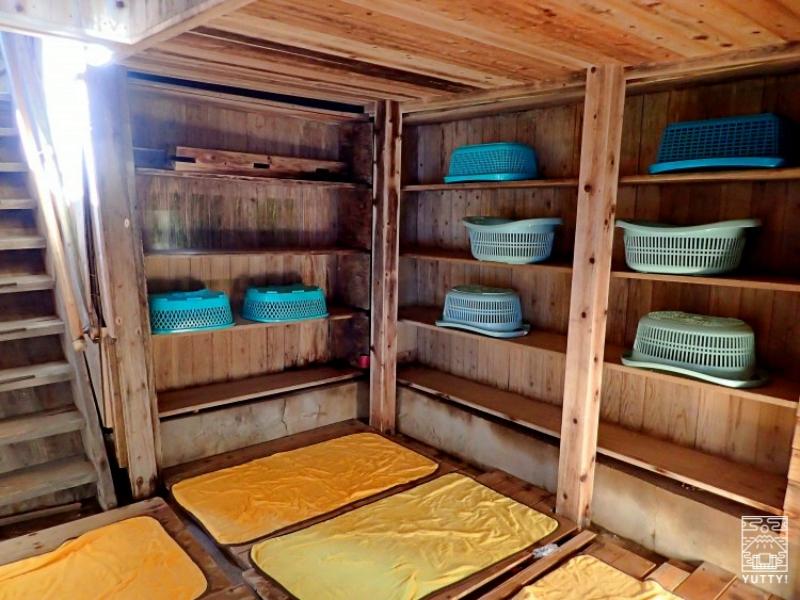 塩原温泉 明賀屋本館 露天風呂脱衣所の写真