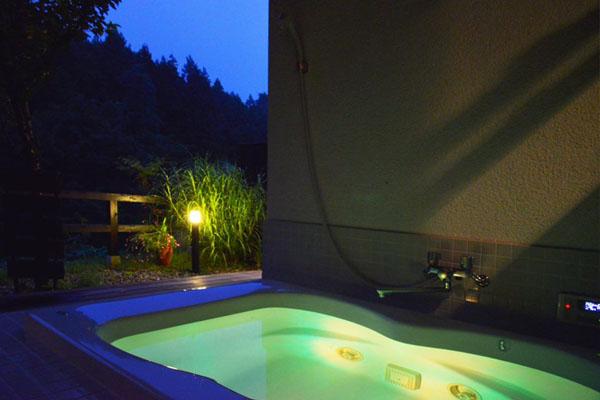 日光はなぶさ 客室露天風呂