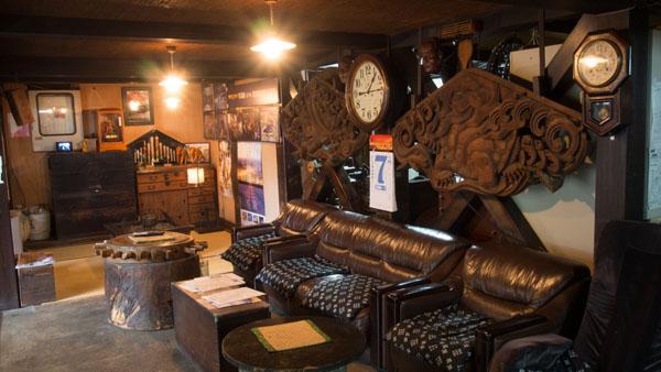 江戸時代から続くという北温泉旅館。歴史を感じる